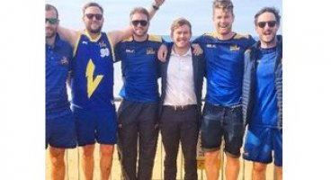 Otago Cricketers go bald on Baldwin